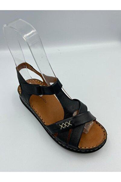 Zeyn Kadın Siyah Deri Sandalet Tokalı