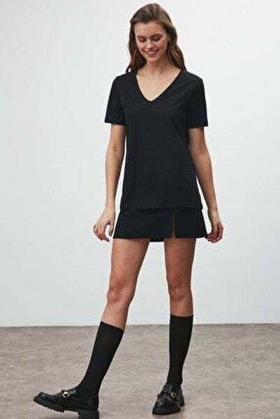 Kadın Siyah Kumaş V Yaka T Shirt