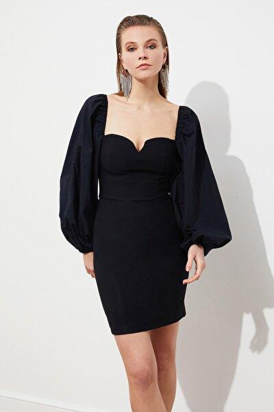 TRENDYOLMİLLA Siyah Balon Poplin Kollu Elbise TPRSS21EL0192