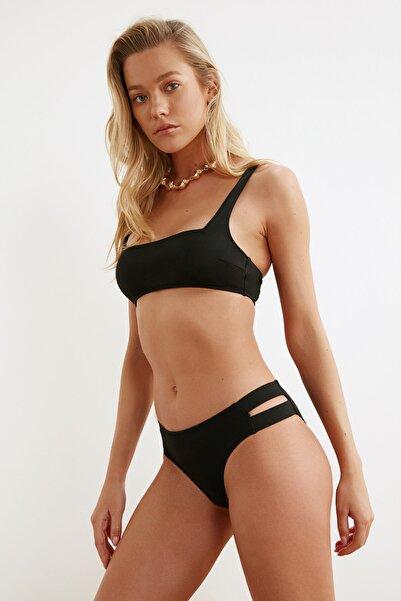TRENDYOLMİLLA Siyah Bikini Altı TBESS21BA0306