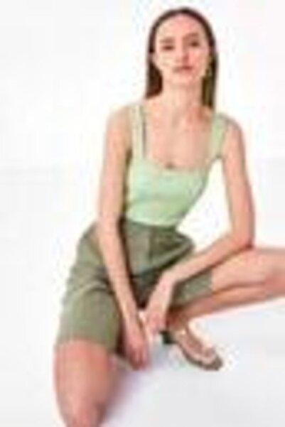 Twist Kadın Yeşil Kalın Askılı T-shirt TS1200070257070