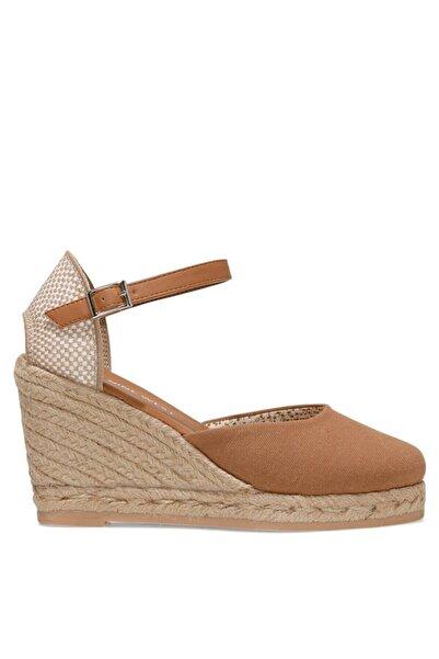 Nine West ARTEMISIA 1FX Taba Kadın Dolgu Topuklu Sandalet 101029965