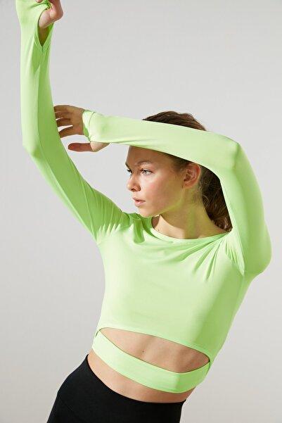 TRENDYOLMİLLA Yeşil Bel Detaylı Crop Spor Bluz TWOAW21BZ0156
