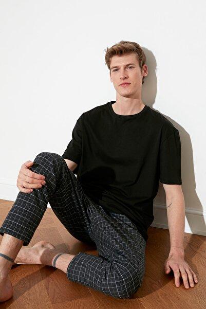 TRENDYOL MAN Siyah Ekoseli Dokuma Pijama Takımı THMAW21PT1085