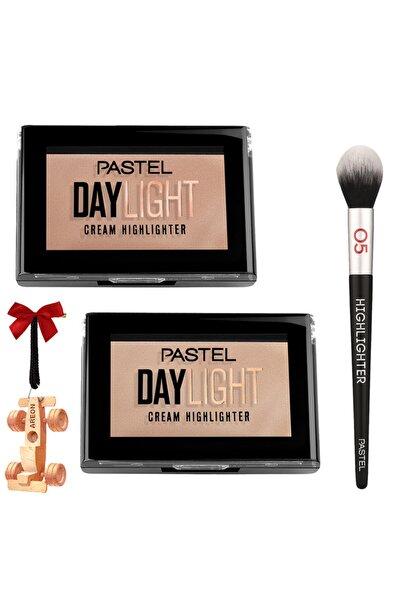 Pastel Daylıght Cream Hıghlıghter 11-12 - Profashıon Hıglıghter Brush Aydınlatma Fırçası 05