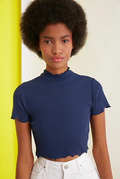 TRENDYOLMİLLA Lacivert Fitilli Crop Örme Bluz TWOSS21BZ1182
