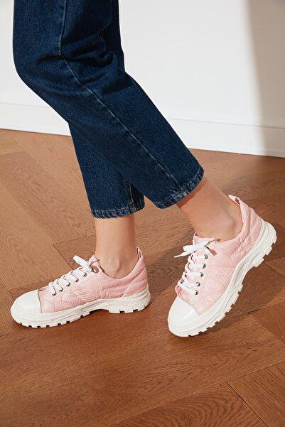 TRENDYOLMİLLA Pudra Kalın Tabanlı Puffy Kadın Sneaker TAKSS21SN0011