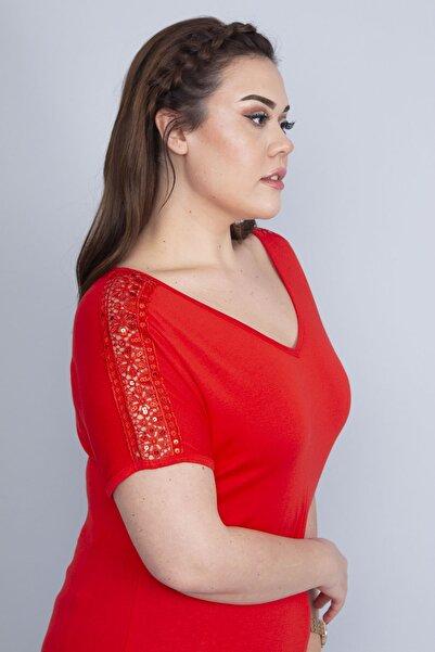 Şans Kadın Kırmızı Dantel Detaylı  V Yakalı Viskon Bluz 65N22728