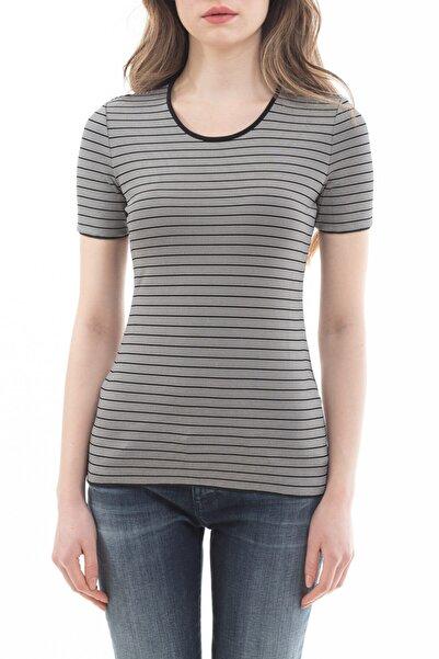Emporio Armani Kadın Çizgili Kısa Kollu T-shirt