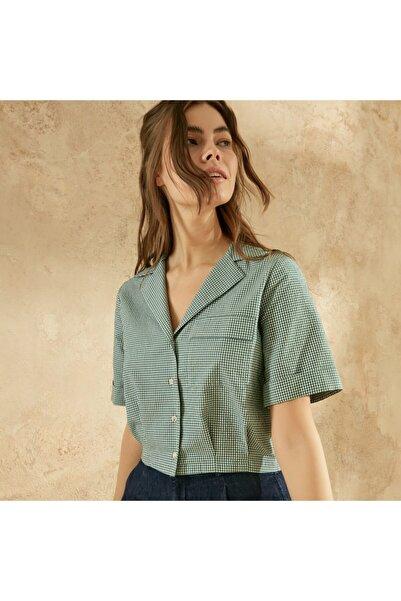 Yargıcı Kadın Yeşil Apolet Detaylı Kısa Kollu Gömlek