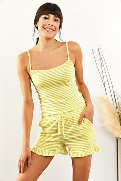 Kadın Sarı Çizgili Fırfırlı Pijama Takımı PJM-00000014
