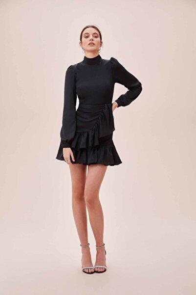 Oleg Cassini Oleg Cassını Tr Siyah Yüksek Yaka Uzun Kollu Eteği Fırfırlı Mini Saten Elbise