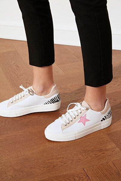 TRENDYOLMİLLA Pembe Yıldızlı Kadın Sneaker TAKSS21SN0007