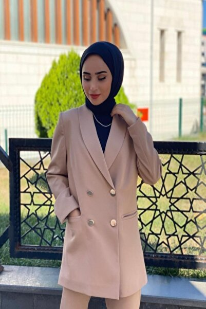MİHRAP Kadın Krem Kruvaze Düğmeli Ceket Takım