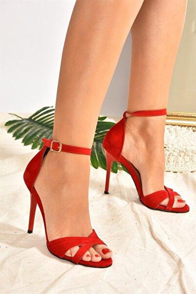 Fox Shoes Kırmızı Süet Kadın Topuklu Ayakkabı  7749113702