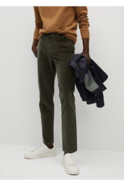 MANGO Man Erkek Koyu Yeşil Daralan Paçalı Kot Görünümlü Fitilli Kadife Pantolon