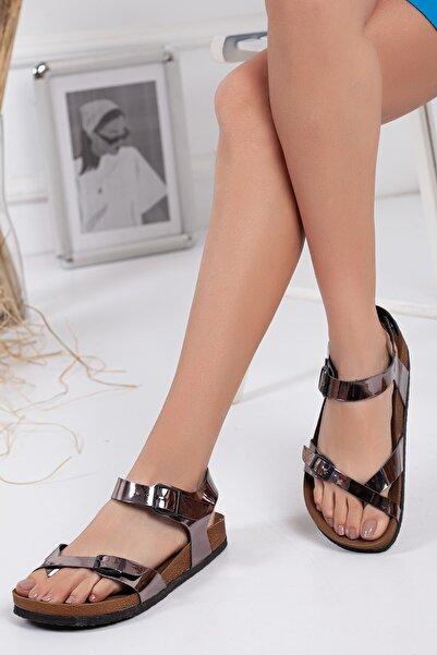 meyra'nın ayakkabıları Kadın Platin Çift Toka Sandalet