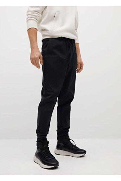 MANGO Man Erkek Siyah Teknik Kumaşlı Jogger Pantolon