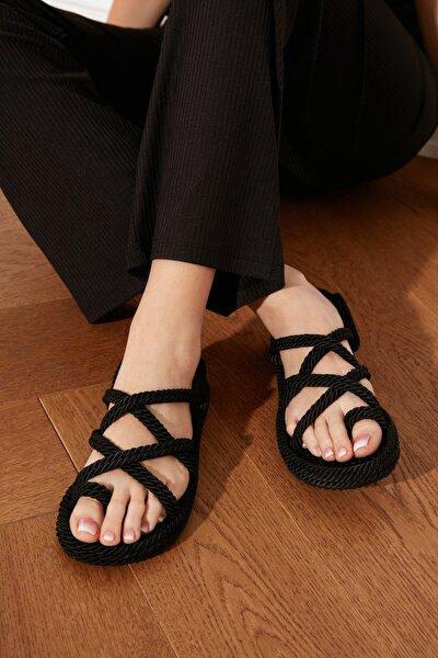 TRENDYOL SHOES Siyah Hasır Halat İpli Kadın Sandalet TAKSS21SD0002