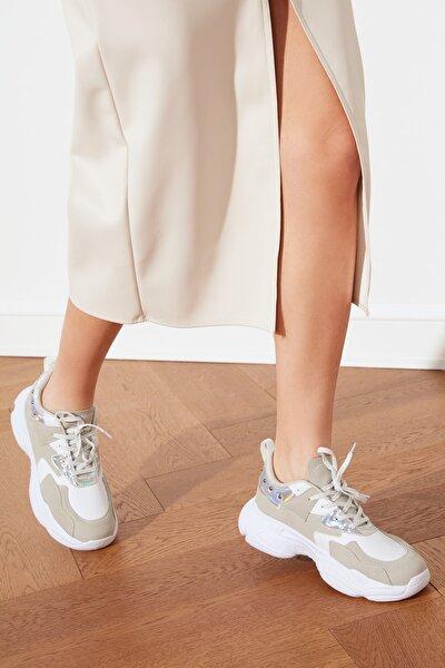 TRENDYOLMİLLA Beyaz Kadın Sneaker TAKSS21SN0009