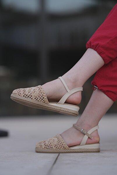 Oksit Maja Dantel Detaylı Kadın Sandalet