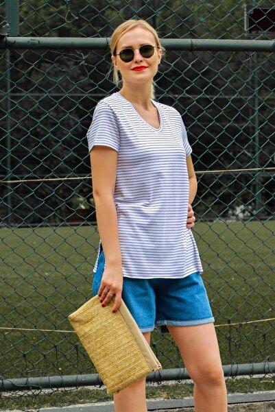 Madmext Mad Girls Beyaz Çizgili V Yaka Tişört MG491