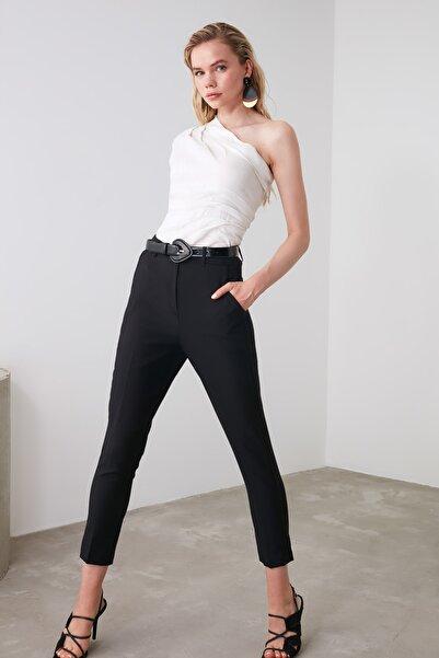 TRENDYOLMİLLA Siyah Cigarette Pantolon TWOSS19ST0038