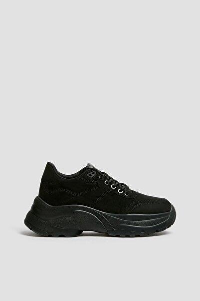 Pull & Bear Kadın Siyah Tek Renk Kalın Tabanlı Spor Ayakkabı 11307640