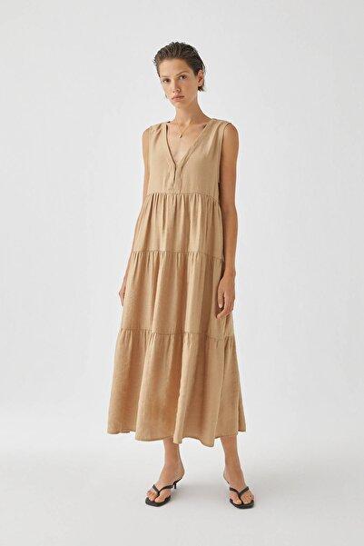 Kadın Doğal Volanlı Bej Midi Elbise 05391390