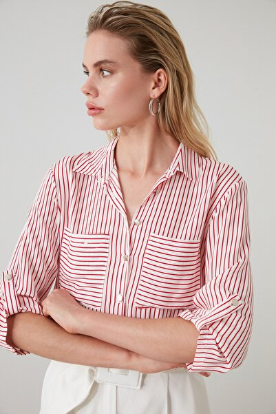 TRENDYOLMİLLA Kırmızı Çizgili Gömlek TWOSS19ST0058