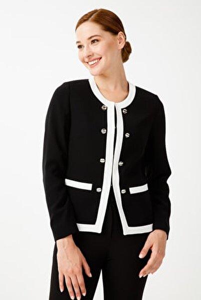 Süs Düğmeli Ceket