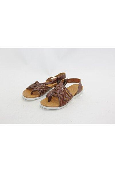 İnci Kadın Kahverengi 38 Numara Hakiki Deri Sandalet