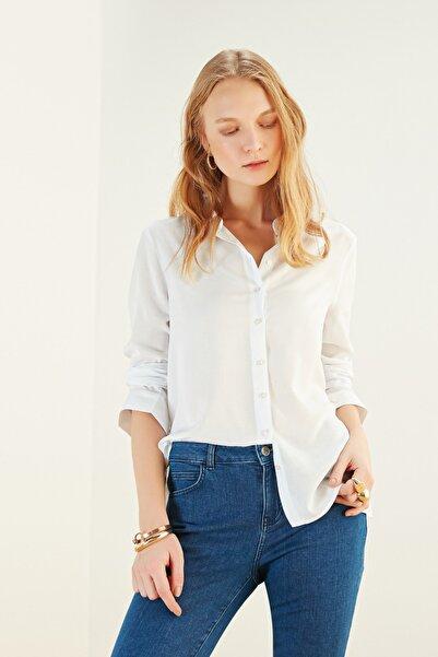 Mudo Kadın Beyaz Regular Kesim Gömlek 365079