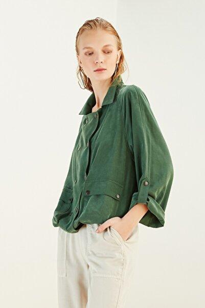Kadın Koyu Yeşil Çıtçıtlı İnce Ceket (Tencel ? ) 365548