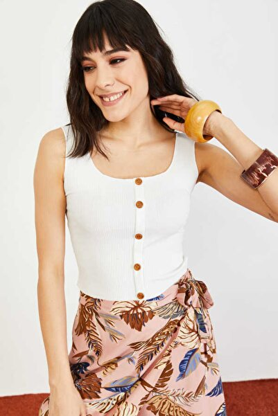 Bianco Lucci Kadın Beyaz Düğme Detaylı Kalın Askılı Fitilli Basic Bluz