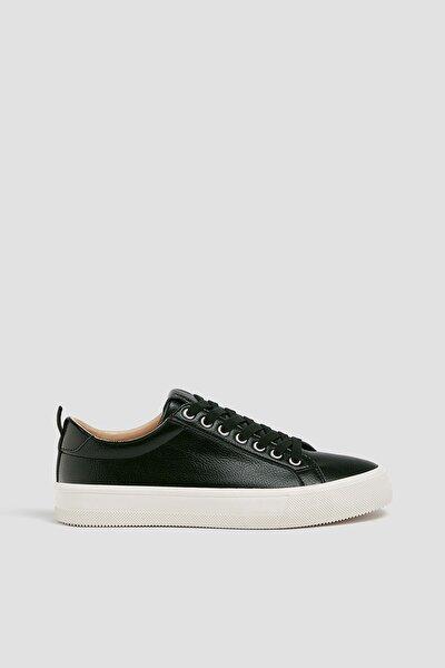 Pull & Bear Kadın Siyah Kontrast Tabanlı Spor Ayakkabı 11210640