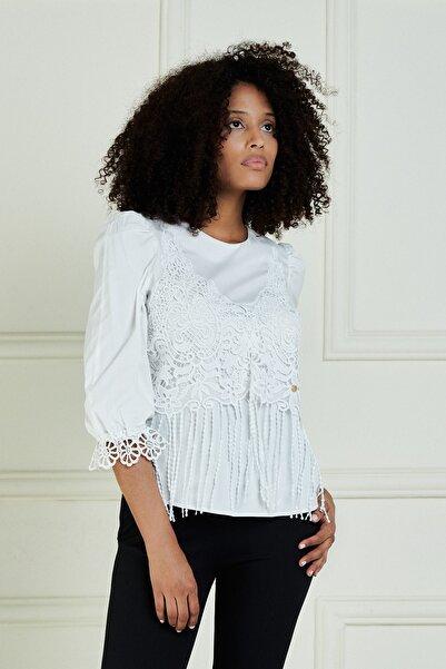 JEANNE DARC Kadın Beyaz Önü Güpür Detaylı Truvakar Kol Pamuk Bluz Jb20101