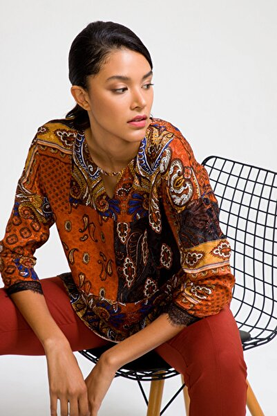 Kadın Bakır Desenli V Yaka Bluz