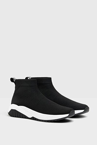 Bershka Kadın Siyah Çorap Model Fileli Bilekli Spor Ayakkabı