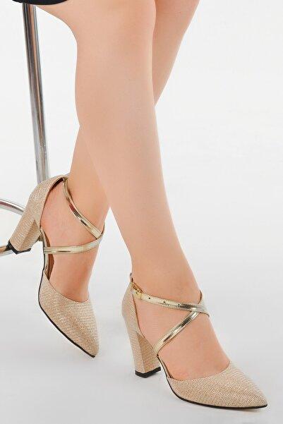 Ayakland Kadın Altın Tier 13600 Kum Simli 8 cm Topuk Ayakkabı