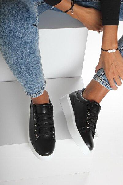 İnan Ayakkabı Kadın Siyah Spor Ayakkabı Y67