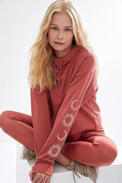 DeFacto Fit Kadın Turuncu Kapüşonlu Basic Spor Sweatshirt