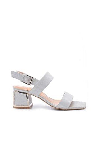 Kadın Gümüş Süet Toka Topuklu Sandalet