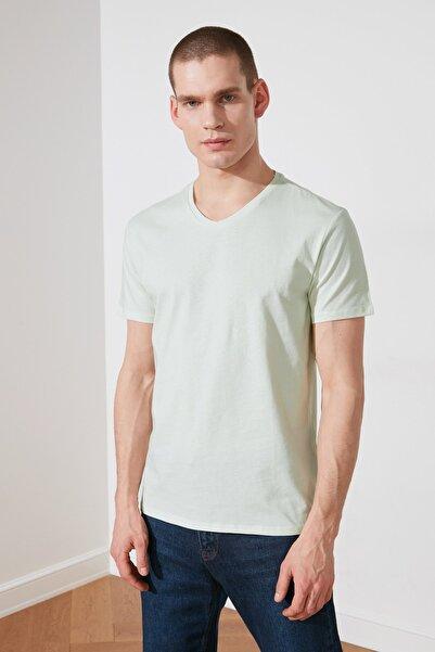 TRENDYOL MAN Mint Erkek Basic Slim Fit V Yaka Kısa Kollu  T-Shirt TMNSS19BO0002