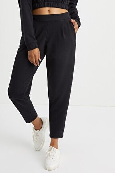 Kadın Siyah Cepli Jogger Pantolon