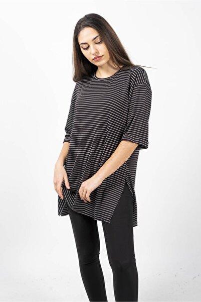 CNS Kadın Siyah Çizgili Salaş T-shirt