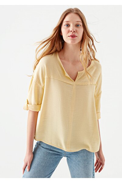 Mavi Kadın V Yaka Sarı Bluz