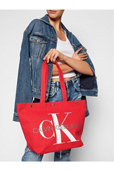 Calvin Klein Kadın Kırmızı Omuz Çantası