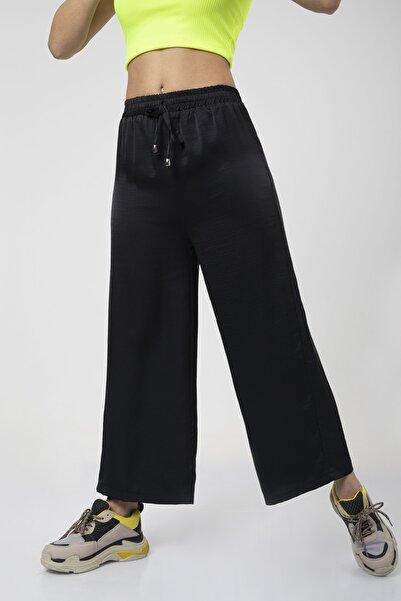 MD trend Kadın Siyah Bel Lastikli Bağcıklı Bol Paça Salaş Pantolon