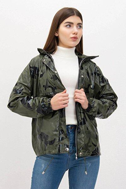 Mossta Kadın Haki Kapüşonlu Kamuflaj Rüzgarlık Ceket